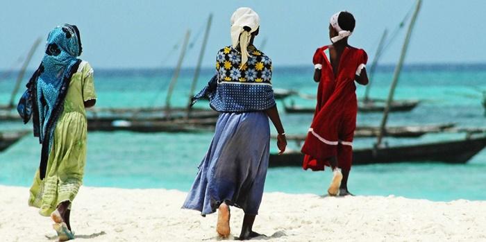 Zanzibar-women-swahili-coast